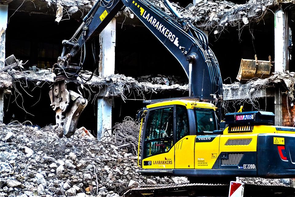 demolice budovy